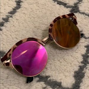 FREE SUNGLASSES WITH PURCHASE
